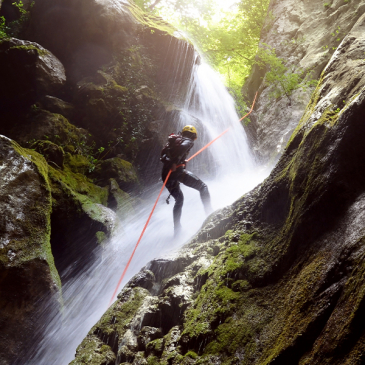 Infini Pass Canyoning & Rafting