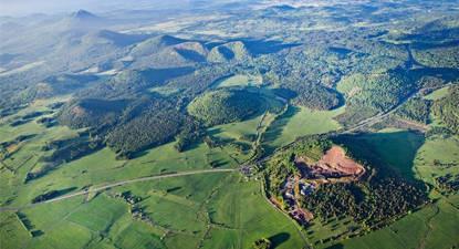 Vol en Montgolfière - balade au dessus des Volcans d'Auvergne