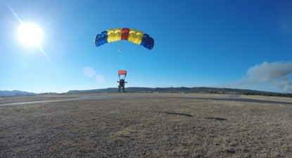 Saut en Parachute Tandem à proximité de Carcassonne