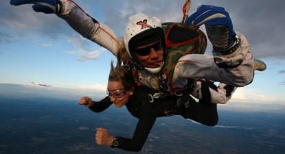 Saut en Parachute Tandem à Montpellier face à la grande Motte