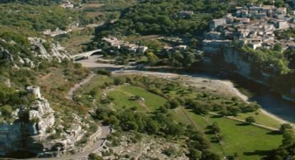Baptême en Hélicoptère à Montélimar - découverte des Gorges de l'Ardèche