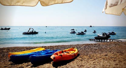 Bouée tractée et balade en Kayak à Cagnes-sur-Mer