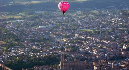 Vol en montgolfière - Baptême et balade à Cordes sur Ciel dans le Tarn