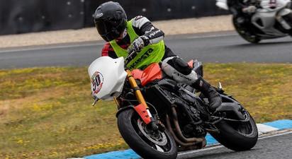 Stage de Pilotage en Suzuki ou Yamaha - Circuit de Bresse