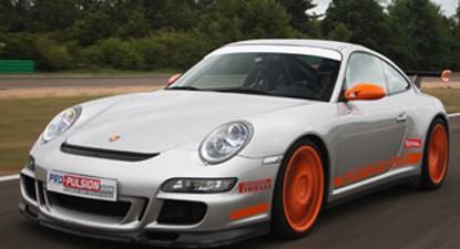 Stage de Pilotage en Porsche 997 GT3 - Circuit de l'Ouest Parisien