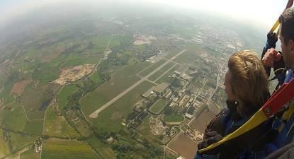 Saut en Parachute Tandem dans les Alpes Italienne près de Nice