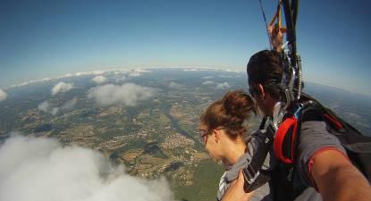 Saut en Parachute Tandem près d'Amiens