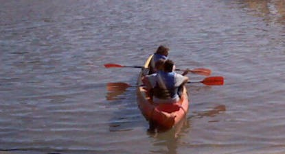 Balade en Canoë-Kayak sur le lac de l'aréna près de Frejus