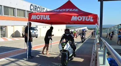 Roulage en Moto Personnelle - Circuit de Lédenon