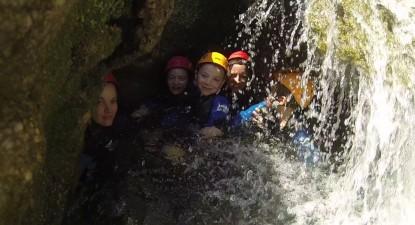 Descente en canyoning dans les Pyrénées-Orientales