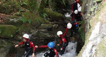 Canyoning dans le canyon d'Arlos près de Saint-Gaudens
