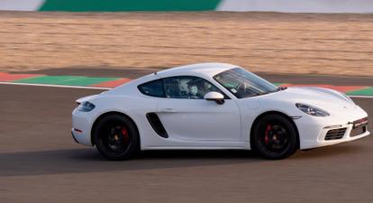 Pilotage en Porsche Cayman 718 S - Circuit de Bresse