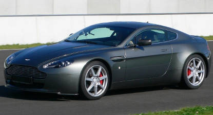 Pilotage Aston Martin V8 Vantage près de Lyon