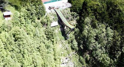 Saut à l'élastique extrême à Saint-Jean-de-Sixt près d'Annecy