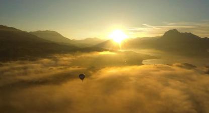 Vol en montgolfière au dessus du lac de Serre-Ponçon