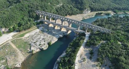 Baptême Hélicoptère Pont du Gard privatif