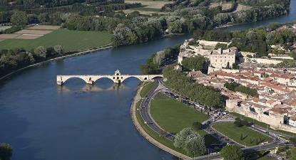 Baptême Hélicoptère Baux de Provence privatif