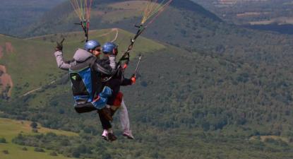 Vol en Parapente à Clermont-Ferrand
