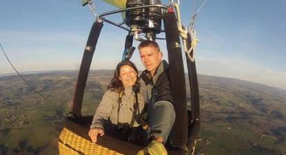 Vol en montgolfière au dessus de Montrond Les Bains dans la Loire