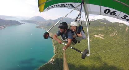Vol en deltaplane biplace découverte à Annecy