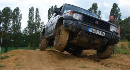 Stage d'Initiation au Pilotage en 4x4 à Troyes