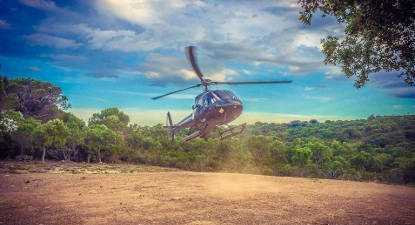 Vol en Hélicoptère au dessus des Roches Rouges de l'Estérel