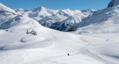 Baptême en hélicoptère - Vol privatif à La Clusaz au cœur des Alpes