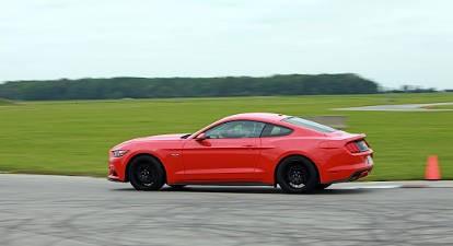 Stage de Pilotage en Mustang V8 GT - Circuit de l'Anneau du Rhin