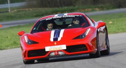 Baptême en Ferrari 458 Italia - Circuit de Fontenay le Comte