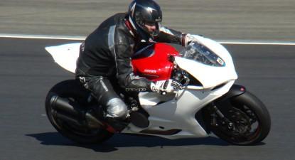 Pilotage d'une Ducati 959 Panigale - Pôle Mécanique d'Alès