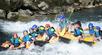 Journée multisports (eau vive, spéléologie, accrobranche...) près de Lourdes