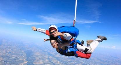 Saut en Parachute Tandem à Albi