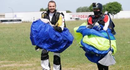 Saut d'initiation en Parachute à Niort
