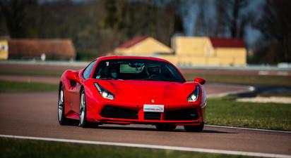 Stage de Pilotage en Ferrari 488 GTB - Circuit de la Ferté Gaucher