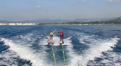 Initiation au Ski nautique près de Saint-Tropez