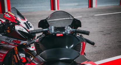 Baptême de moto en Suzuki ou Kawasaki - Circuit de Pau-Arnos