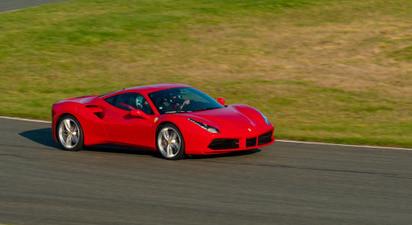 Pilotage d'une Ferrari 488 GTB - Circuit de Lohéac