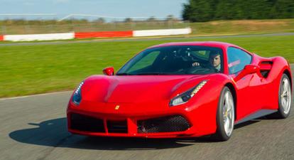 Pilotage d'une Ferrari 488 GTB - Circuit de Saint-Laurent-de-Mure