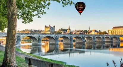 Vol en Montgolfière au-dessus des châteaux de la Loire près de Saumur