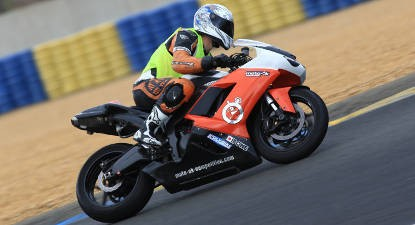 Pilotage en Kawasaki 600 ZX6R - Circuit de Bordeaux-Mérignac