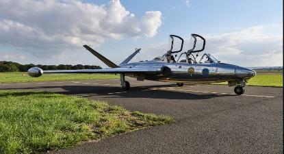 Vol en avion de chasse Fouga Magister près de Paris