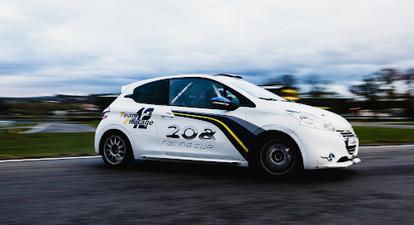Baptême de vitesse en 208 Racing Cup - Circuit Andrézieux