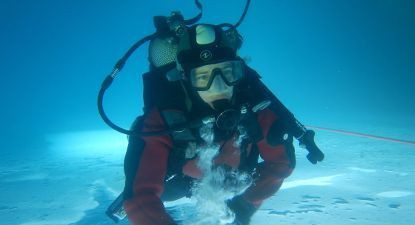 Baptême de plongée sous glace à Val Cenis