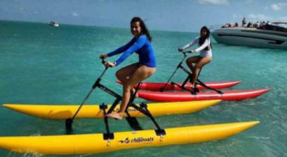 Stand up paddle ou vélo d'eau dans le golfe de Saint Tropez