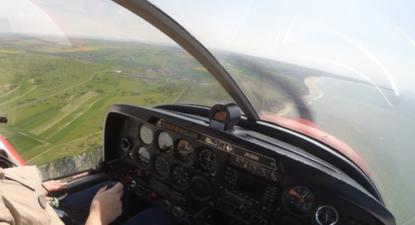 Baptême de l'air en avion au dessus de la plage de Calais