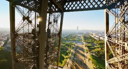 Vol en Jet Pack et en Réalité Virtuelle au dessus de Paris