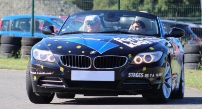 Stage de conduite spécial enfant d'une Porsche ou BMW près de Dijon
