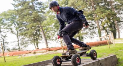 VTT, trottinette et skateboard électrique près d'Etretat