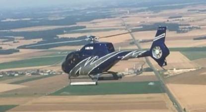 Baptême en hélicoptère - Vol au dessus de Chambord depuis Blois