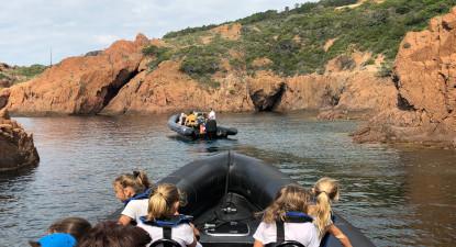 Balade en bateau à la découverte des calanques de l'Esterel depuis Cannes